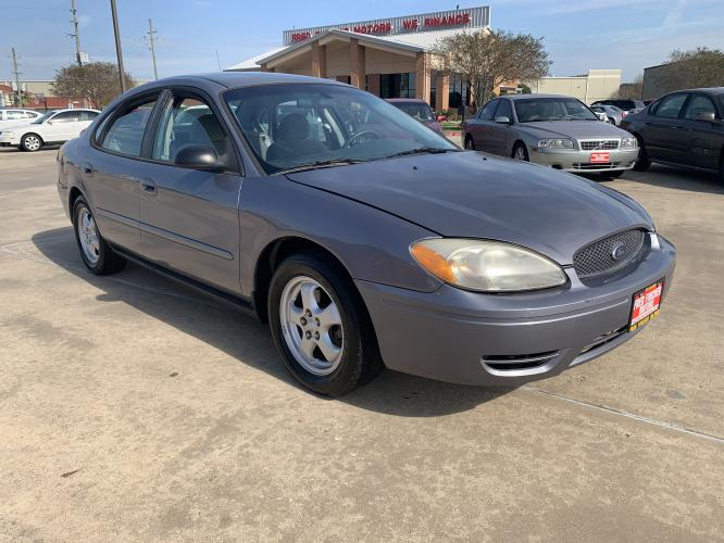 2006 BLUE Ford Taurus SE (1FAFP53U06A) with an 3.0L V6 OHV 12V engine, 4-Speed Automatic Overdrive transmission, located at 14700 Tomball Parkway 249, Houston, TX, 77086, (281) 444-2200, 29.928619, -95.504074 - Photo #0