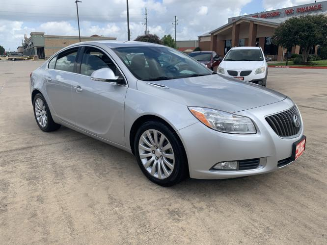 2012 SILVER /black Buick Regal Base (2G4GR5EK8C9) with an 2.4L L4 DOHC 16V engine, 6-Speed Automatic transmission, located at 14700 Tomball Parkway 249, Houston, TX, 77086, (281) 444-2200, 29.928619, -95.504074 - Photo #0