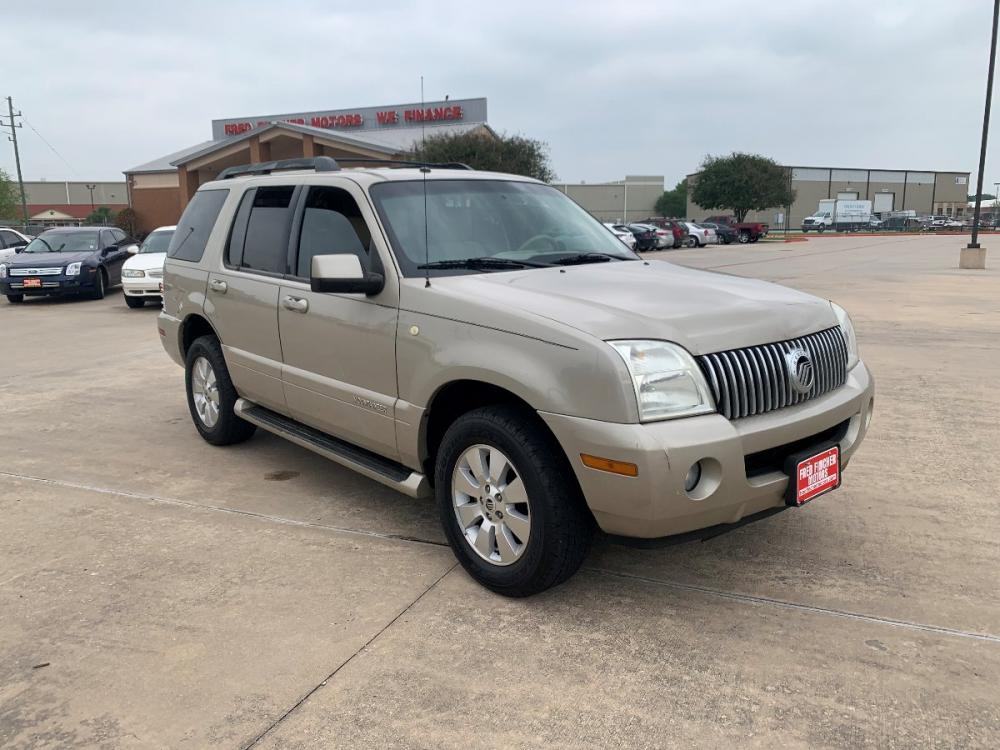 2007 tan /tan Mercury Mountaineer Luxury 4.0L 2WD (4M2EU37E47U) with an 4.0L V6 SOHC 12V engine, 5-Speed Automatic transmission, located at 14700 Tomball Parkway 249, Houston, TX, 77086, (281) 444-2200, 29.928619, -95.504074 - Photo #0